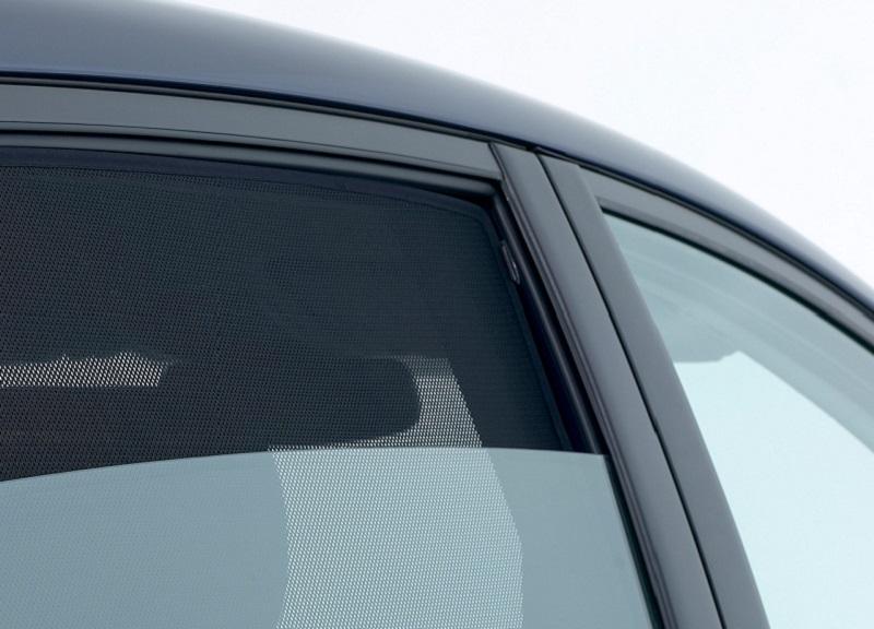 Auto parasole per misura