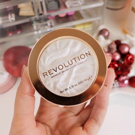 Con Makeup Revolution, ogni donna può innovare il personale fashionvvvvv